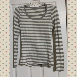Rue21 Grey & White Striped Long Sleeve Shirt